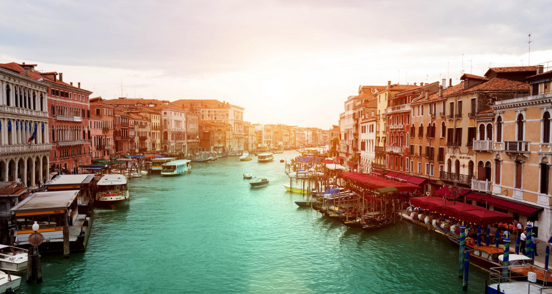 Busreisen durch Italien