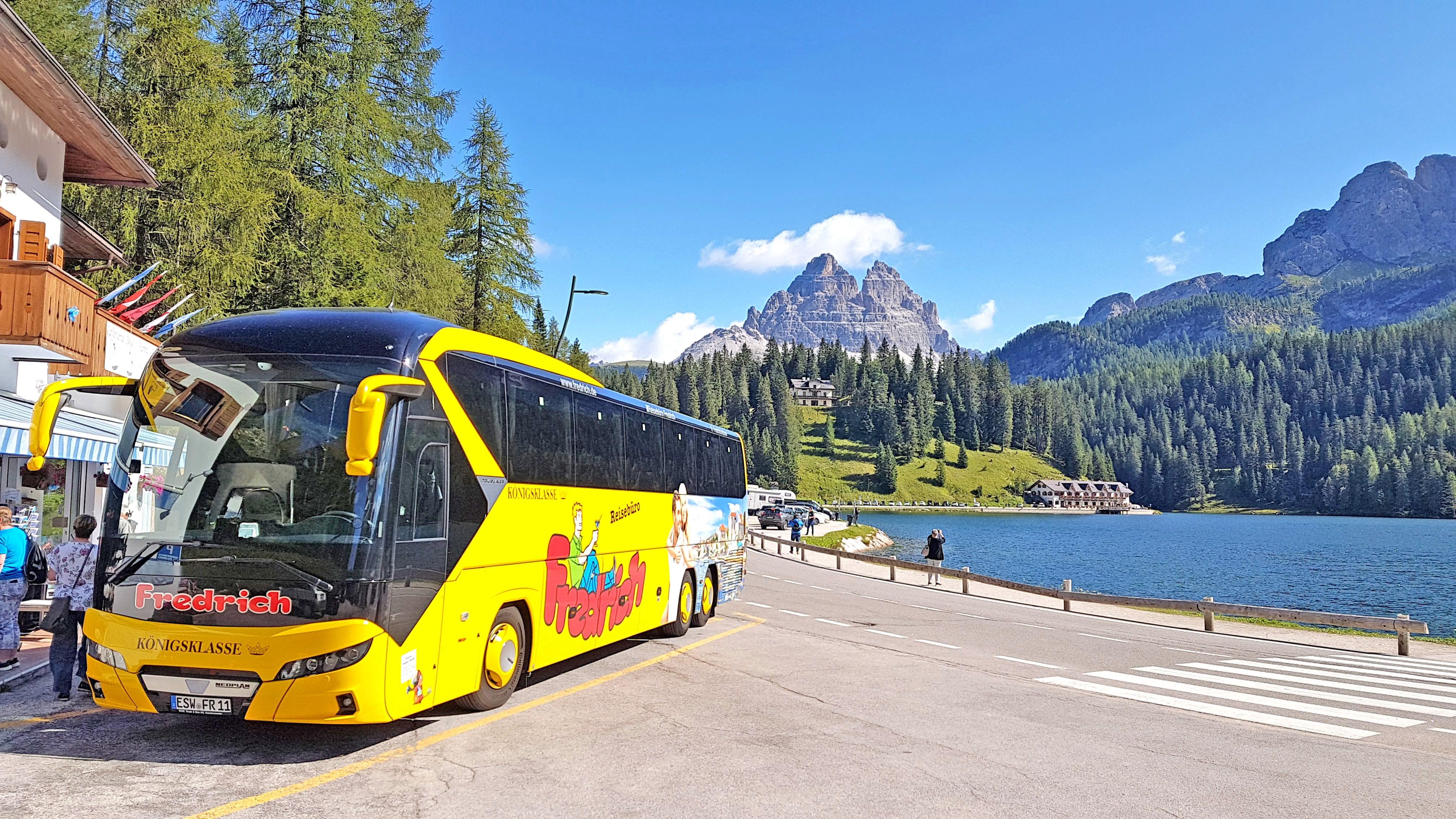Bus Panorama Dolomiten Berge Busreise SÜdtirol